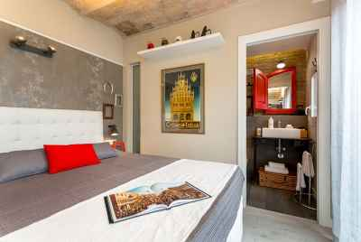 Two penthouses with touristic license in Barcelona close to the beach